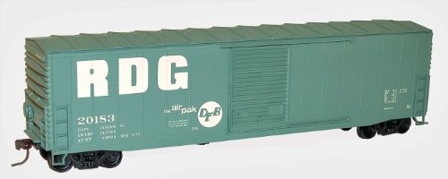 (Accurail 5721 HO RDG 50' WELDED BOXCAR)