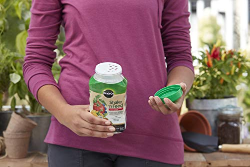 Miracle-Gro Shake 'N Feed Tomato, Fruit & Vegetable Plant Food, 1 lb.