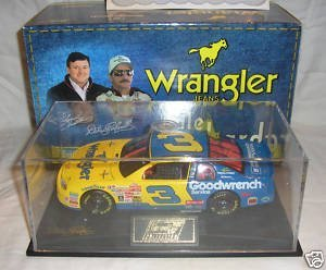 Race Dale Sr Earnhardt (NASCAR Dale Earnhardt #3 Blue Yellow Wrangler 1999 Winston AllStar Charlotte Race GM Goodwrench Service Monte Carlo 1/24 Scale Revell With Acrylic Display Case Hood, Trunk Opens)