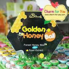 Golden Honey Bee Ball Soap Mask 2 in1 Plus Snail Extract, Net 100 g, 8 Pcs of Box