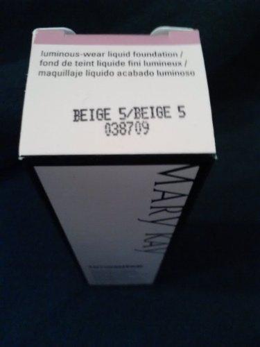 Timewise lumineux Wear teint liquide 1 oz Beige 5