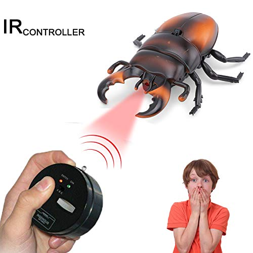 Giveme5 Realistic RC Beetle Toy, Infrared Remote Control Fake Stag Beetle Giant Rhino Beetle RC Novelty Toy Mock Model Prank Insects Joke Scary Tricky Bugs for Party Favors - Color Random