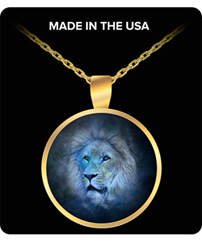 Leo Zodiac Sign Charm Necklace - Round Gold Chain Pendant - Stars Background - The (Greatest Couples Costumes)