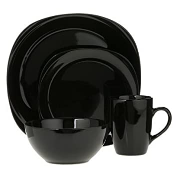 Quadro 16-pc. Dinnerware Set – Black