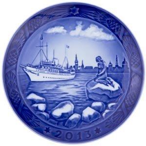 royal copenhagen 1901113 christmas plate copenhagen harbour 2013 - Royal Copenhagen Christmas Plates