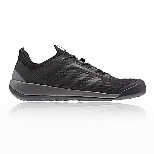 adidas Herren Terrex Swift Solo Outdoor Fitnessschuhe, Schwarz schwarz (Neguti/Negbas/Gricua 000)