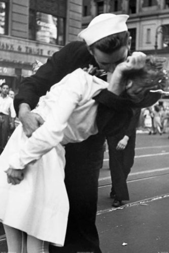 Kiss the War Goodbye D Day Photograph 36x24 Art Print Poster Vintage WWII End Kissing Times Square Romantic History Historical (Wars End Kiss)