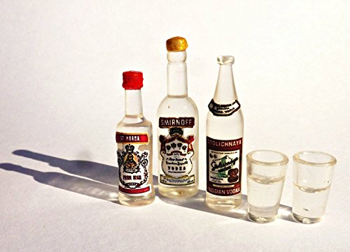 (Russian vodka. Set of vodka, 3 bottles + 2 glasses of vodka. Reallistic Dollhouse miniature)