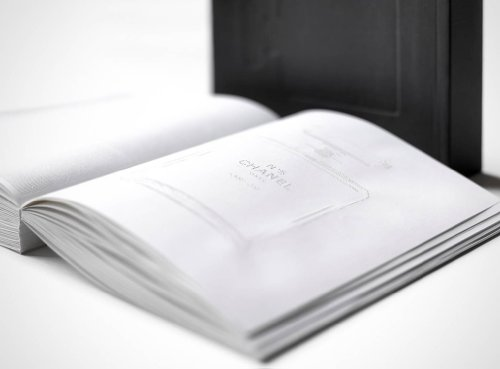 Chanel: Livre d'Artistes (French - Chanel Catalog