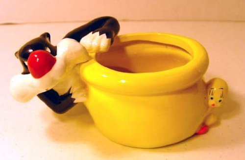 Warner Brothers Sylvester the Cat and Tweety Bird Ceramic...