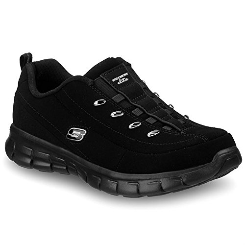 black skechers trainers