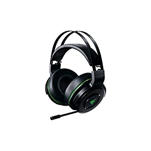 Razer Thresher For Xbox One: Windows Sonic Surround – Lag-Free Wireless Connection – Retractable Digital Microphone…