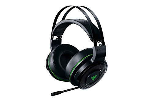 - Razer Thresher For Xbox One: Windows Sonic Surround - Lag-Free Wireless Connection - Retractable Digital Microphone - Gaming Headset Works with PC & Xbox One