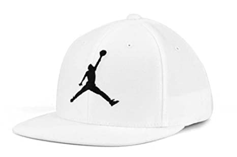 6a8fe5afe23 Image Unavailable. Image not available for. Colour  Nike Air Jordan Jumpman  Stretch Boy s Cap Adjustable ...