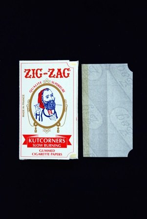 4 Packs Booklets Zig Zag KUTCORNERS Cigarette Rolling Papers Photo #2
