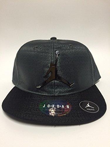 66d85a78a2e06a Air Jordan Jumpman 23 Adjustable Boy's Cap 8/20 Adjustable Grey/Black