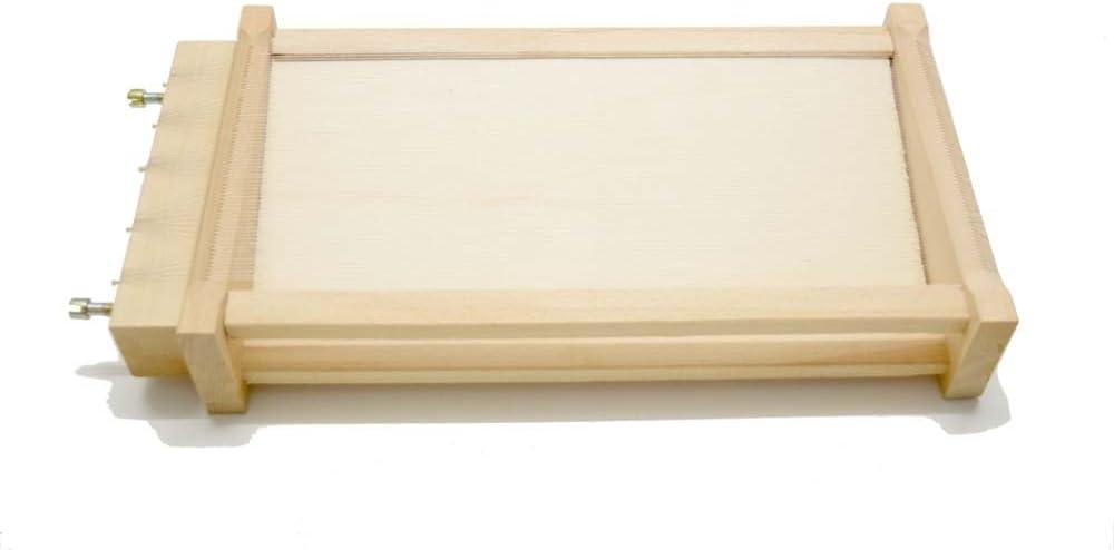 Guitarra cortador en marco de madera de haya maciza en la que son tan hecho, Paralelo, por ambos lados, de hilos Tesi y ajustable con tornillos. Ideal para fettuccine para espaguetis, tallarines.