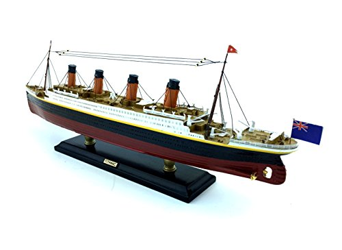 Titanic Limited Model Cruise Ship 15