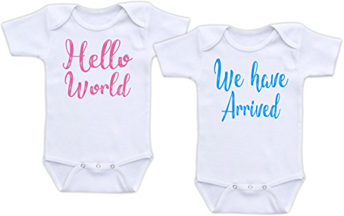 DoozyDesigns Hello World We Have Arrived - Twin Birth Reveal Outfit (3M Short Sleeve Set, Pink & Blue Font)