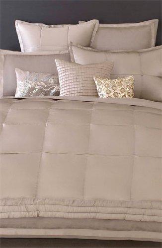 Donna Karan Bedding, Modern Classics Platinum Ash Silk Full Queen Bed Quilt  Clearance