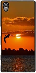 Funda para Sony Xperia Z5 - La Puesta Del Sol Con El Pájaro by WonderfulDreamPicture