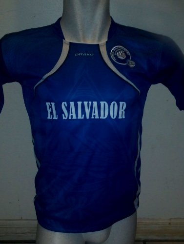 GORGEOUS UNISEX EL SALVADOR YOUTH SOCCER JERSEY ONE SIZE FOR AGES 11 TO 12 YEARS OLD APPROX SIZE BOYS 14