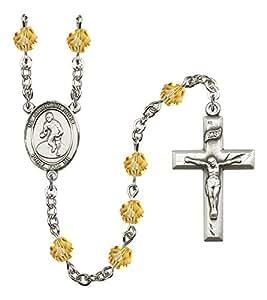 Placa de plata del rosario cuenta con 6 mm Topaz fuego pulido cuentas. El crucifijo 1 3 Medidas/8 x 3/4. La pieza central de un ángel de la guarda/medalla de lucha.