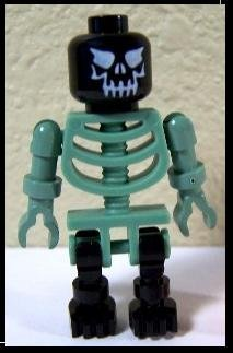 Skeleton LEGO Minifigure in Green and Black from Harry Potter set Graveyard Duel by LEGO