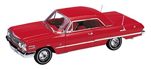 WELLY 1/18 Chevrolet Impala hardtop 1963 (1963 Chevrolet Impala Hardtop)