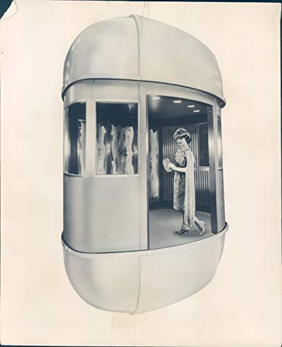 1962 Vintage Picture - Vintage Photos 1962 Press Photo Famous Place Space Needle Elevators Glass Domes Otis 8x10