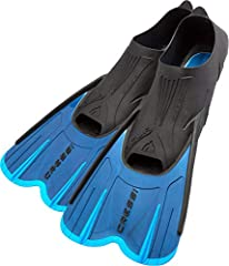 The Cressi Agua Short swim fin is the shorter version of Cressi's popular Agua long blade fin and more versatile. The fins are ideal for travelers and it is a concrete swimming aid either for pool or sea swim-lovers or snorkelers. It has the ...