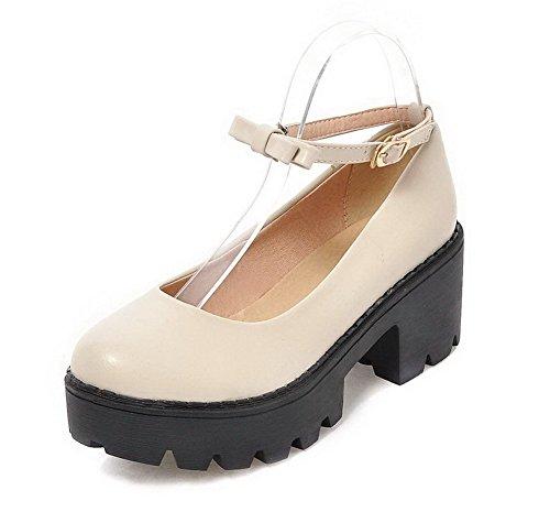 AllhqFashion Damen Mittler Absatz Weiches Material Rein Schnalle Rund Zehe Pumps Schuhe Cremefarben