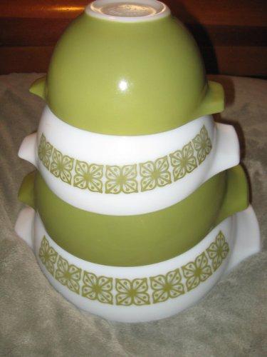 SET OF 4 - Vintage Pyrex Glass  inch Green Verde Square  inch Cinderella Batter Nesting Mixing Bowls - 4 Quart, 2 1/2 Quart, 1 1/2 Quart & 1 1/2 Pint