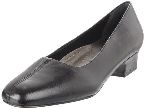 Trotters Women's Doris Pump,Black Kid,9 W - Kid Leather Pump