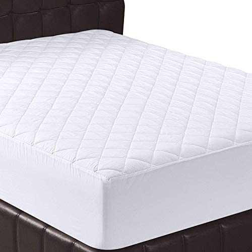 Utopia Bedding Quilted Fitted Mattress Pad (King) - Mattress Cover Stretches up to 16 Inches Deep - Mattress Topper