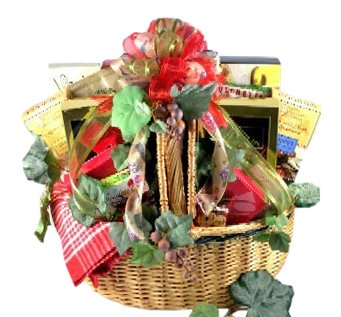 Gourmet Picnic Fathers Day Gift Basket | Meat, Cheese, Nuts, Cookies and More (Romantic Gifts To Send)