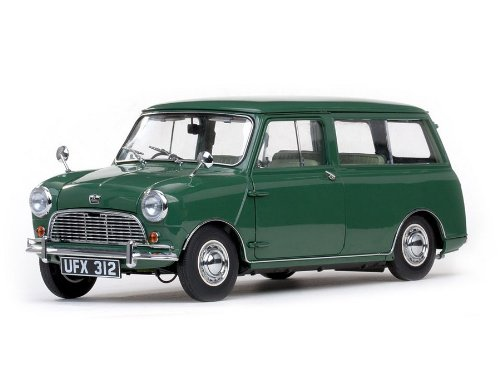 Sunstar Diecast Cars (Sunstar 1/12 scale Diecast 5312 1963 Austin Mini Countryman dark green)