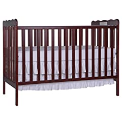 Dream On Me, Carson Classic 3 in 1 Convertible Crib 675, is a beautiful addition to any nursery. It features a stationary (non drop side) rail design which provides the utmost in product safety. The teething rails, dual hooded, safety locking...