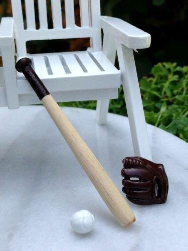 Fine Amazon Com Wood Baseball Bat W Ball Glove Miniature Inzonedesignstudio Interior Chair Design Inzonedesignstudiocom