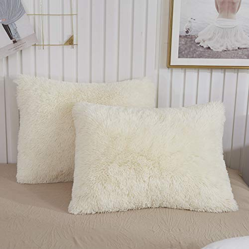 CHENFENG Faux Fur Throw Pillow Cases Plush Shaggy Ultra Soft Pillow Cover Fluffy Crystal Velvet Decorative Pillowcases Zipper Closure,Set of 2 (Standard, Light Beige) (Plain Decorative Pillow Cases)