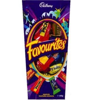 Cadbury Favourites Chocolate Gift Box (Made in Australia) (540g (1.2 lb)) ()