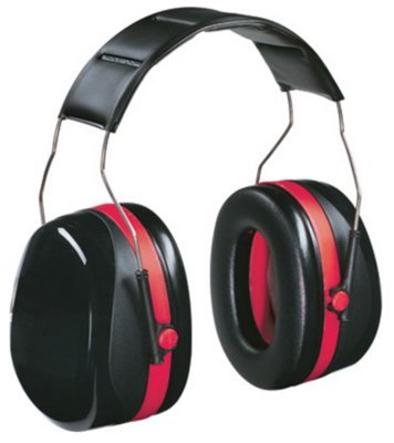 3M 90561-6C Noise Reduction Professional Earmuff by 3m Co.