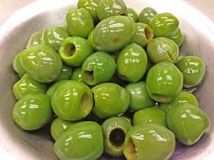 Italian Castelvetrano Pitted Green Olives 25oz