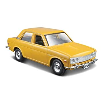 Maisto 531518 - Maqueta de Coche, Color Amarillo: Amazon.es ...