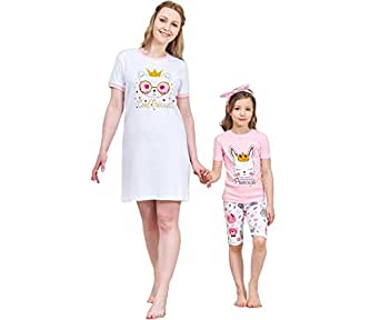 50e54f78bd Amazon.com  Christmas Family Matching Pajamas Set Santa s Deer ...