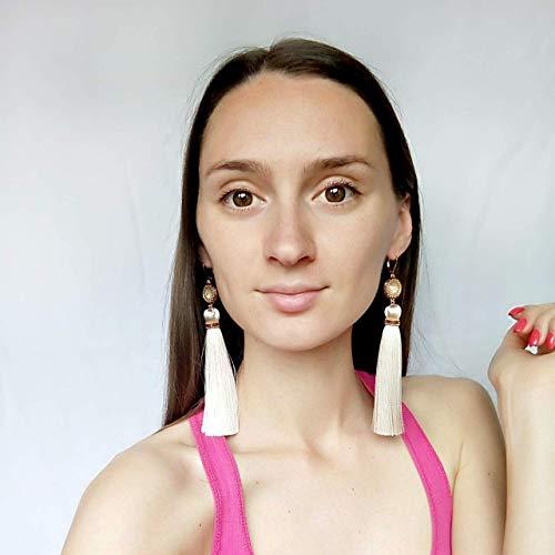 (Beige bridal tassel earrings, Off white earrings, Ivory fringe earrings, Champagne tassle jewelry, Oscar de la renta, Cream gold earrings, Light silk earrings)