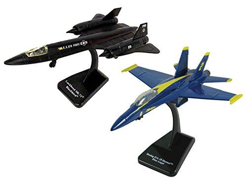InAir SMITHSONIAN E-Z Build, 2-piece Set, F-18 Hornet Blue Angels & SR-71 Blackbird - 1:72 Scale ()