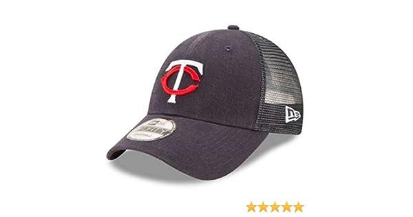 reputable site 0ad8d 2085d Amazon.com  New Era MLB Minnesota Twins Trucker 9Forty Adjustable Baseball  Hat 940 11591200  Clothing