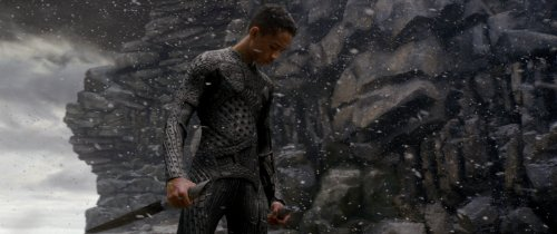 After Earth (Blu-ray + DVD + Digital HD with Ultra Violet)