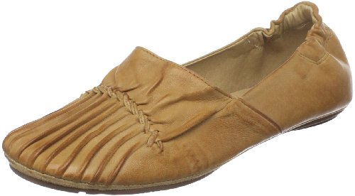 Chocolat Blu Women's Cam 2 Flat,Camel leather,9 M US by Chocolat Blu